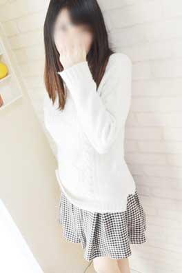 及川かほ(25)